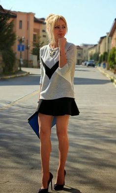 Great Legs and Stylish High Heels: Photo Girl Fashion, Fashion Looks, Fashion Outfits, Estilo Rock, Dress Vestidos, Work Looks, Dress With Bow, Sexy Legs, Casual Chic