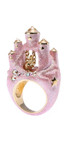 Pink Glittery castle ring Oooooo I really really want this! Cute Jewelry, Jewelry Box, Unique Jewelry, Jewelry Accessories, Pink Jewelry, Beaded Jewelry, Jewelry Rings, Jewlery, Bijou Box