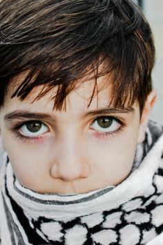 covert-politics:    Child of Palestine.
