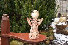 Svítící+anděl+(B)+-+keramický+anděl+na+svíčku+nebo+jen+jako+dekorace+-+anděl+je+vysoký+cca+30cm+-+1+čajová+svíčka+a+talířek+pod+andělem+jsou+součástí+objednávky+-+páleno+na+1150°C+-+lze+umístitjak+vinteriéru,+tak+v+zahradě+POZOR+při+manipulaci+-+po+zapálení+svíčky+anděl+hřeje+-+výrobky+zasíláme+jako+křehké+s+pojištěním+obsahu+dle+ceny+balíku+-+pozn....