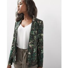 Shop online for Floral blazer. Find City Blazers, Blazers, Clothing, Women and more at Rwco Floral Blazer Outfit, Blazer Outfits, Work Wear, What To Wear, Kimono Top, Dress Up, Shopping, My Style, Cut Loose