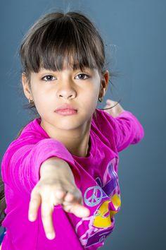 Nuevo Articulo (Angelina en danza, practicando sus poses de danza) Mira mas fotos presionando el link :)  http://1and1photo.com/2015/05/angelina-en-danza/ Contactar http://1and1photo.com/contact-us/  #Angelina, #Niñ@s Telefono - 718 713 5500 y tambien 512 (JTUSABE)