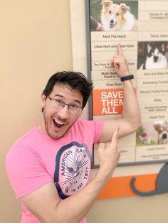 Mark helping at a pet shelter!☺
