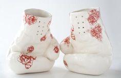 Standing Boxing Gloves Vase – White  Red