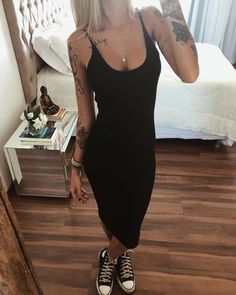 Foto Casual, Minimal Outfit, Fashion Outfits, Womens Fashion, Spring Outfits, Ideias Fashion, Cute Outfits, Street Style, Star