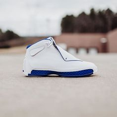 Air Jordan 18 Retro OG (White  Metallic Silver) Releases TODAY 1 22 at Rock  City Kicks.  225  rockcitykicks  airjordan  jumpman23 02031008e