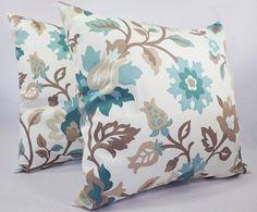 He encontrado este interesante anuncio de Etsy en https://www.etsy.com/es/listing/156114198/blue-pillow-covers-2-18-x-18-inch-floral