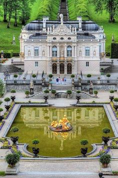 Castle Linderhof. Germany