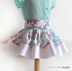 Dress with ruffled skirt, and culotte, pattern with tutorial video to learn how to do it . Handmade Decorations, Baby Sewing, Doll Clothes, Kids Outfits, Ballet Skirt, Couture, Summer Dresses, Fabric, How To Make