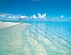 Beachside Stroll - Pixdaus