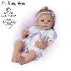 A first-ever So Truly Real lifelike vinyl baby doll that turns her head from side to side when you touch her. By award-winning artist Linda Murray.