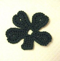 Easy Crochet Shamrock