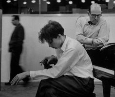 Glenn Gould, New York, 1956, photo by Gordon Parks via varietas