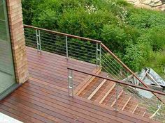 Residential stainless steel cable railing, by The Cable Connection