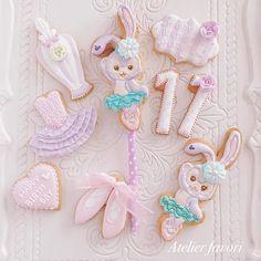 Friends Birthday Cake, Disney Birthday, 1st Birthday Parties, Girl Birthday, Birthday Stuff, Birthday Ideas, Macaroon Cookies, Meringue Cookies, Macaroons