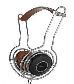VOLVE Headphones by Andreas Konradsen