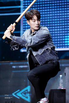 Doojoon / Dujun - HIGHLIGHT 하이라이트 Dujun 두준 Yoon Dujun 윤두준 Yoon Doo Joon, My One And Only, My Eyes, Beast, Highlights, Korea, Handsome, Candy, Actors