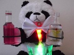 Touted as a responsible robot bartender, SOBEaR is a DIY teddy bear with a built-in breathalyzer that'll only dispense liquor depending on how drunk you are. Diy Teddy Bear, Cool Robots, Gamma Phi Beta, New Gadgets, Christmas Is Coming, Bartender, Lava Lamp, Liquor, No Response
