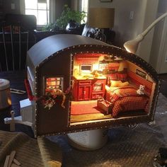 DIY Miniature Tiny Trailer Dollhouse I saw this listed online as a DIY Kit and couldn't stop thinking about it. I decided to buy it as a little Christmas gift to myself. At first i thought i would… Vitrine Miniature, Miniature Rooms, Miniature Houses, Barbie Furniture, Tiny Trailers, Retro Trailers, Old Baskets, Mini Things, Miniture Things