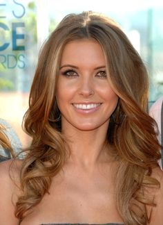 """Bronde - dirty dishwater blonde has a new name. And that apparently my natural hair color is """"in"""" now. Because though this has more brown, that's basically my hair color Audrina Hair, Audrina Patridge Hair, Summer Hairstyles, Pretty Hairstyles, Wavy Hairstyles, Natural Hair Styles, Long Hair Styles, Natural Beauty, Long Curls"""