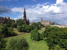 Edinburgh in the sun Who knew????