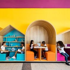 Colourful booths enliven Hayarden school for children of refugees in Tel Aviv Learning Spaces, Learning Environments, Kindergarten Interior, Kindergarten Design, Ecole Design, Cafe Interior Design, Library Design, Booth Design, Kid Spaces