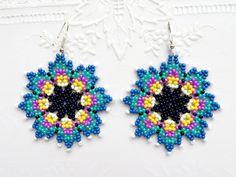 Beaded Flowers Patterns, Beaded Jewelry Patterns, Beading Patterns, Seed Bead Jewelry, Seed Bead Earrings, Beaded Earrings, Pony Bead Projects, Handcrafted Jewelry, Handmade