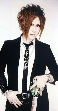 Uruha-The GazettE                                                                                                                                                                                 More
