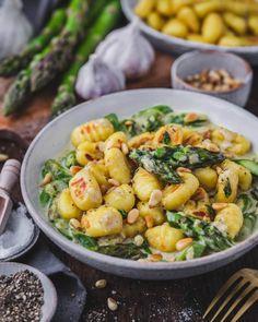 Gnocchi, Cook At Home, Eat Dessert First, Food Inspiration, New Recipes, Pasta Salad, Potato Salad, Food Porn, Good Food