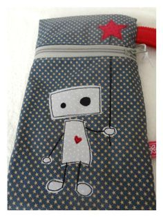 https://www.facebook.com/HandmadeCutiesByGiusi Cute Purse with Robot