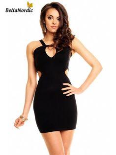 Cut-out kjole i fin strik kvalitet.