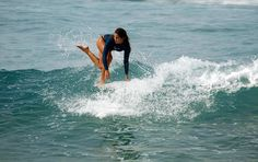Chloé Calmon… surfing is suppose to be fun! Surf Movies, Salt Of The Earth, Soul Surfer, Blue Crush, Big Waves, Surf Style, Surf Girls, Surfs Up, Real Women
