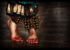 Language of the feet in Bharatanatyam, a classical Indian dance (rAmmoRRison, via Flickr)