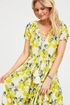 f2d2a0fb98 Floral Maxi Dress, Maxi Dresses, Short Sleeve Dresses, City Outfits, Lemon  Print. Aspiga