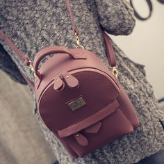 In 2016 the new backpack women bag leather PU fabric shoulder bag litchi grain fashion and personality