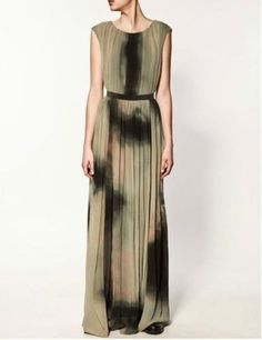 Enjoy the occasion with maxi dresses from ZARA online. Enter now and discover all the long dresses of the new collection at ZARA. Draped Dress, Tie Dress, Dress Up, High Fashion Dresses, Fashion Outfits, Women's Fashion, Vestidos Zara, Holiday Party Dresses, Zara Dresses