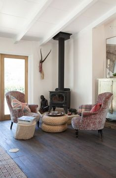 wood burning stove makes for such a cozy corner //