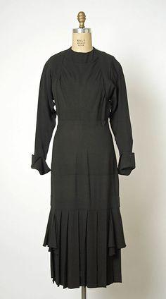 d0c853dc331f4 23 Best Early 1940s WW2 Dress images