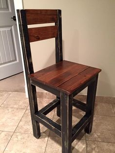 DIY Pallet #Dining Chair - DIY Wooden Pallet Chairs | 99 Pallets