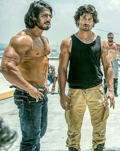 Vidyut Jammwal nd Takur anoop 🔥 ! TamilGlitz is part of Actors male hottest - Actors Male, Tv Actors, Actors & Actresses, Actor Picture, Actor Photo, India Actor, Prabhas Pics, Nutrition Sportive, Poses For Men