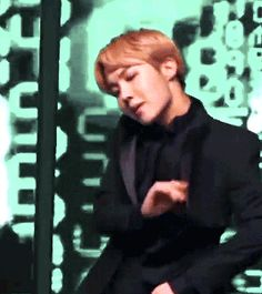 The perfect Bts Jhope Sexy Animated GIF for your conversation. Discover and Share the best GIFs on Tenor. Jhope Gif, Bts Suga, Bts Bangtan Boy, Namjoon, Taehyung, Gwangju, Jung Hoseok, Foto Bts, Bts Photo