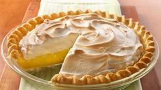 Serve these delicious mini pies filled with lemon curd, raspberry and meringue - a wonderful dessert that's made using Pillsbury® refrigerated pie crust. Pie Recipes, Dessert Recipes, Cooking Recipes, Easy Recipes, Dessert Thermomix, Best Pie, Lemon Meringue Pie, Fruit Pie, Lemon Desserts