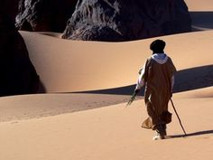 The oasis city of Tamanrasset, Algeria - a photo by MichaelS