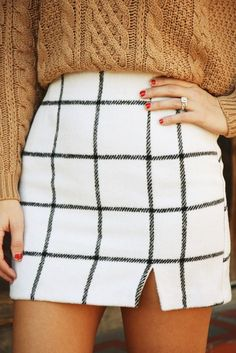 Stylish Black and White Plaid Mini Skirt l Street Style Chic Fashion Outfits Summer Women's Fall Winter Outfits, Autumn Winter Fashion, Winter Style, Winter Clothes, Summer Outfits, Autumn Style, Winter Wear, Mode Outfits, Fashion Outfits