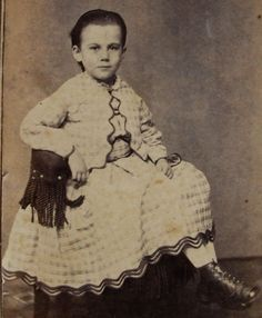 ANTIQUE CIVIL WAR ERA CDV PHOTO PRETTY GIRL IN LOVELY HOOP ZOUAVE DRESS, LACE UP BOOTS WITH TIPS-- NEW BEDFORD MA