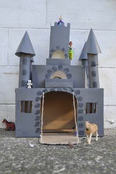 How to make a box castle out of a cardboard box