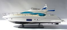 Ship model Azimut 64 Flybridge model yacht ready for display Wooden Model Boats, Nautical Furniture, Alfa Alfa, Speed Boats, Model Ships, Battleship, Display Case, Fishing Boats, Yachts