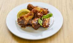 Συνταγή από το Γιώργο Γεράρδο για λαχταριστές φτερούγες κοτόπουλο με  γλυκόξινο ελληνικό Barbeque 5f032849237