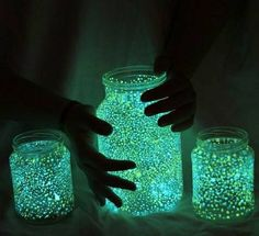 FAIRIES IN A JAR DIRECTIONS: 1. Cut a glow stick and shake the contents into a jar. 2. Add glitter 3. Seal the top 4. Shake hard