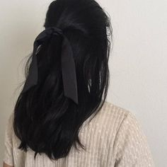 Hair aesthetic Image shared by wannabe clown. Find images and videos about hair, black and sad . Image shared by wannabe clown. Find images and videos about hair, black and sad on We Heart It - the app to get lost in what you love. Hair Day, My Hair, Hair Inspo, Hair Inspiration, About Hair, Dark Hair, Long Black Hair, Pretty Hairstyles, Indian Hairstyles